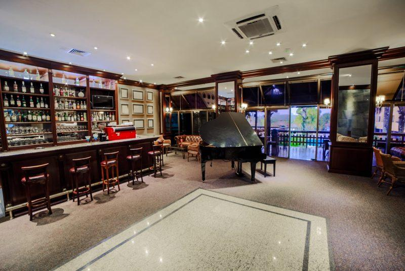 Villa Lobos Piano Bar